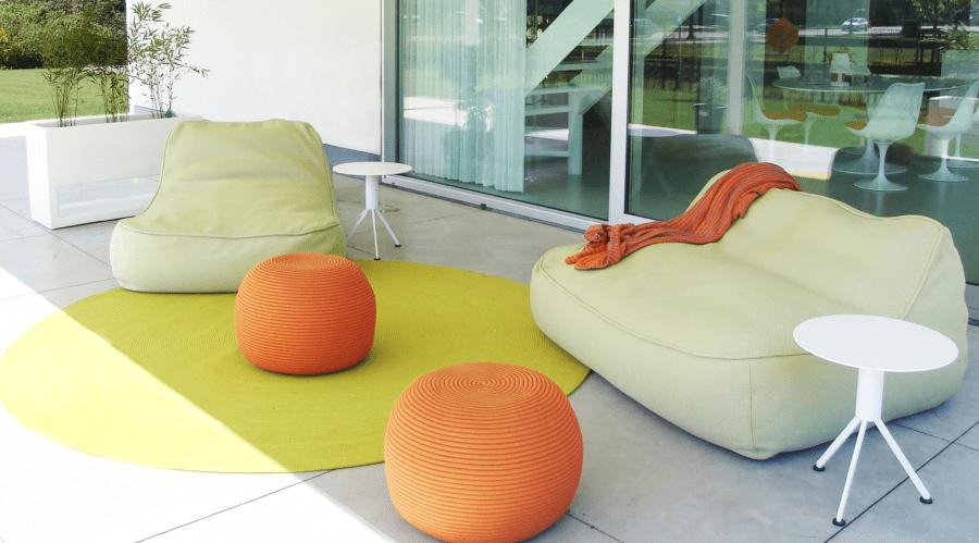 De design tuinmeubelen van Paola Lenti zijn beschikbaar in een uitgebreid kleurengamma.
