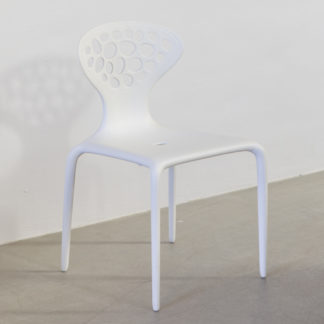 SupernaturalSupernatural stoel met geperforeerde rug, wit, zonder armleuningen