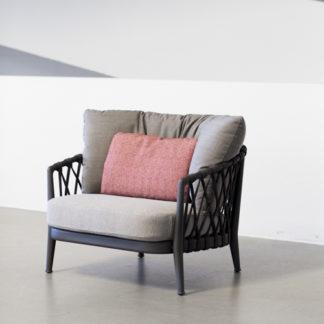 Ericaerica - outdoor fauteuil - structuur antraciet gelakt - zitkussen stof lesia - rugkussen stof scirocco - rug antraciet