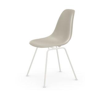 Eames Plastic Side Chair DSXDSX stoel - zitschaal kiezelsteen - onderstel gepoedercoat wit
