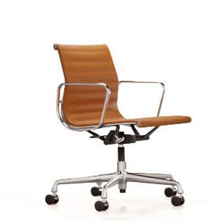 Aluminium Chair EA 118Aluminium Chair EA 118, chroom, cognac