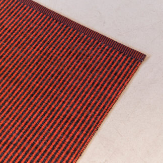 Hägga 981 StripeTapijt Hägga 981 Stripe kleur 9711 rust - 9534 black (prijs per vierkante meter)